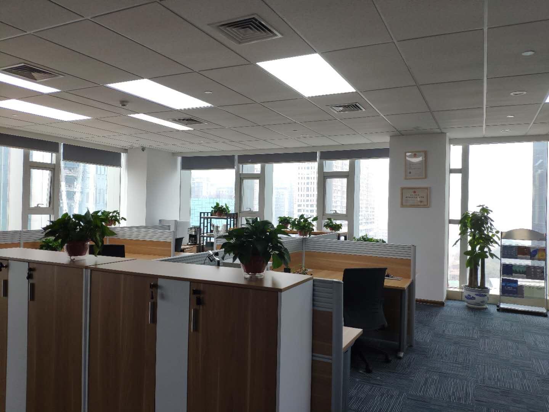 办公室大厅.jpg
